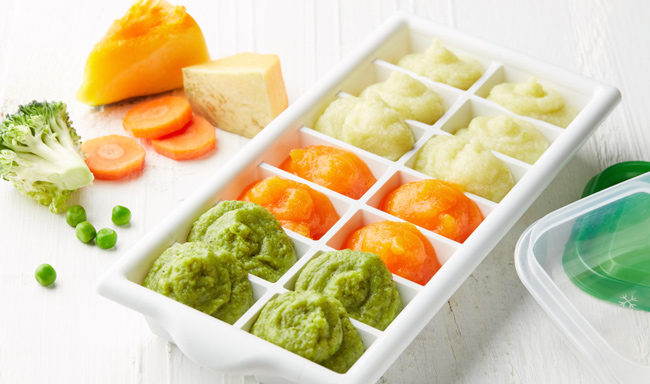 baby food in ice cube trays