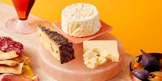 new brand cheese boxes from Blue Apron