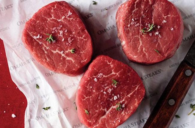 Omaha-Steaks raw Steaks with salts